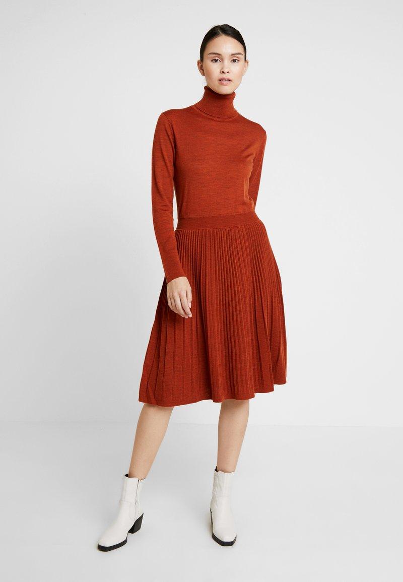 Calvin Klein - SUPERFINE FLARE DRESS - Jumper dress - brown