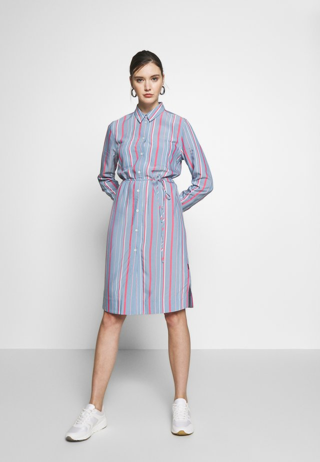 STRIPE BELTED DRESS - Vestido informal - blue heaven/pink