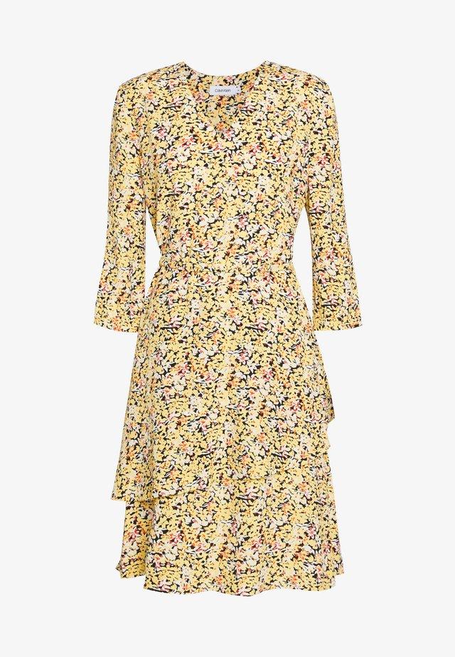 FRILL DETAIL DRESS - Vapaa-ajan mekko - yellow