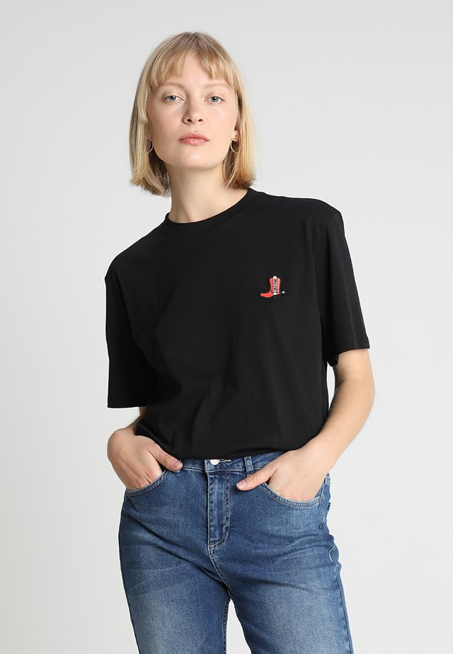 BOOT PATCH RELAXED - T-shirt print - black