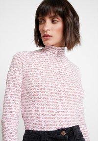 Calvin Klein - TURTLE - T-shirt à manches longues - red - 3