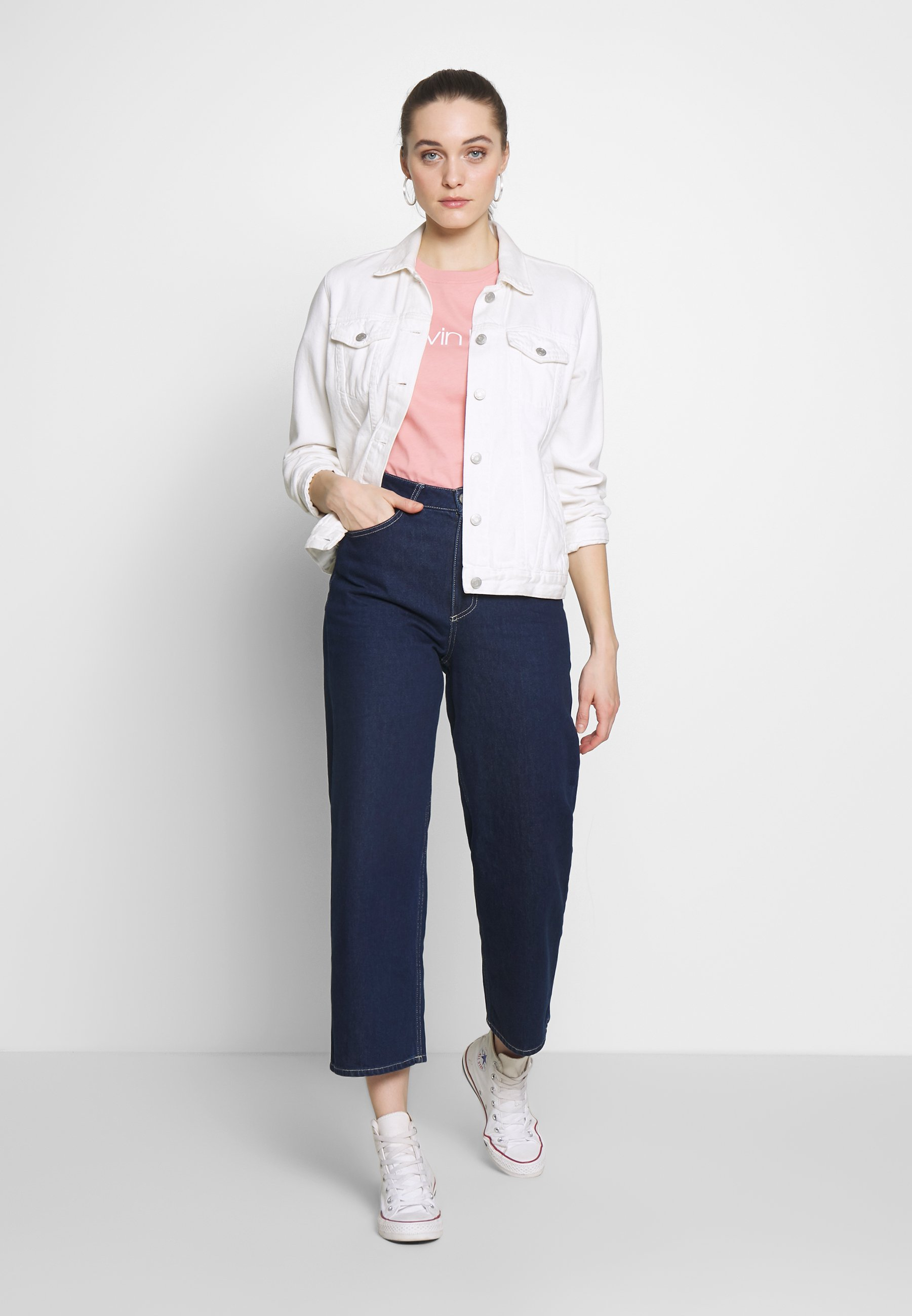 Calvin Klein Core Logo Crew Tee - T-shirt Med Print Muted Pink