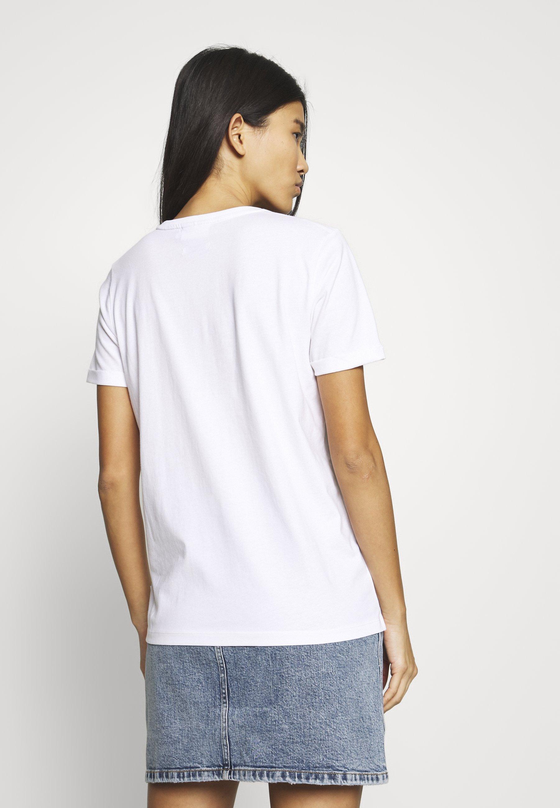 Calvin Klein LOGO HEART - T-shirts med print - bright white