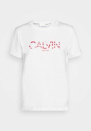 ZEBRA PRINT FILLED LOGO REGULAR FIT TEE - T-shirt med print - white