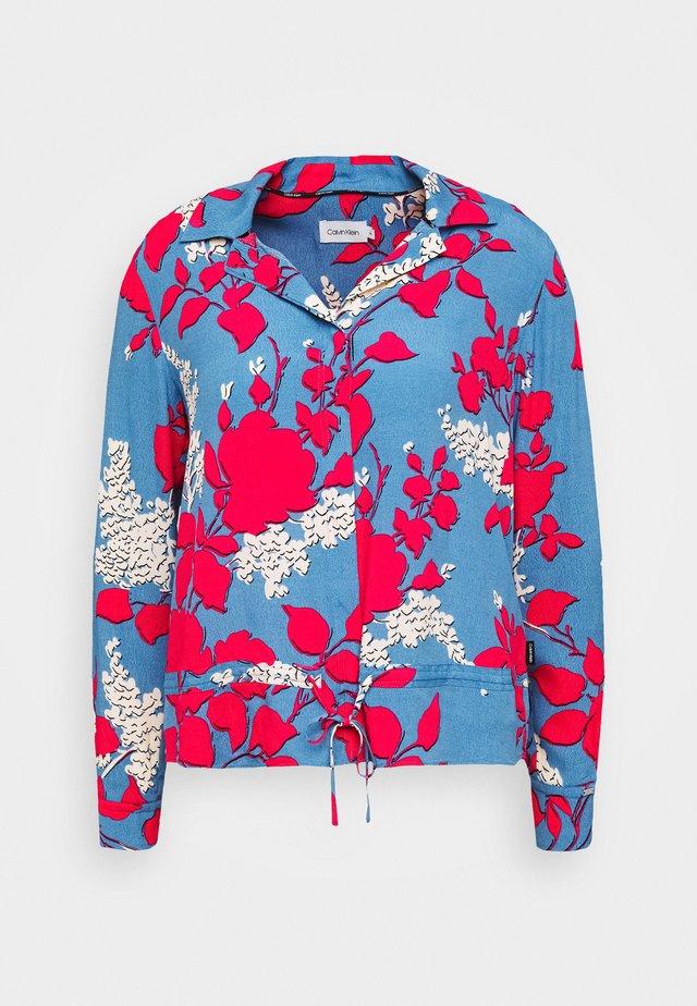 Button-down blouse - light blue/pink