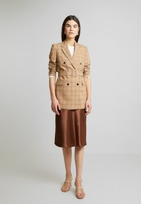 Calvin Klein - WINDOWPANE LONG - Halflange jas - mottled beige - 1