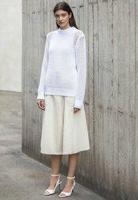 Calvin Klein - NOVEL OPENWORK - Jersey de punto - white - 5