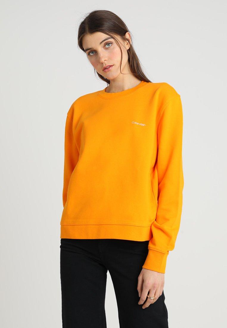 Calvin Klein - SMALL LOGO - Sweatshirt - tangerine