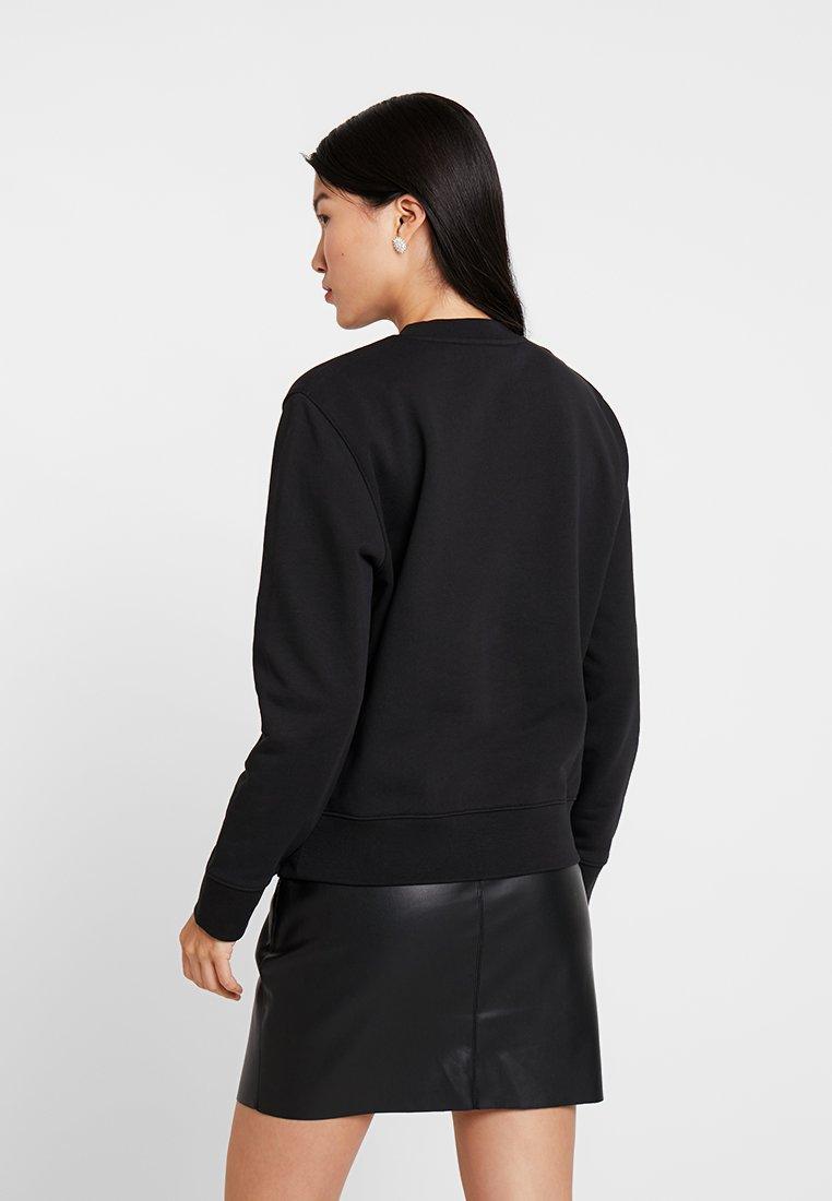 Calvin Klein Core Calvin Klein Black Calvin Klein Black LogoSweatshirt Core LogoSweatshirt L4Rj5A