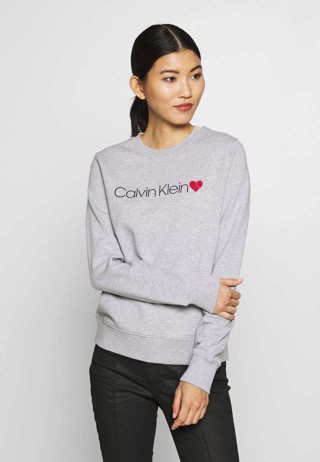 LOGO HEART - Sweatshirt - light grey heather