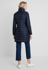 Calvin Klein - ESSENTIAL LIGHT COAT - Donsjas - blue - 3