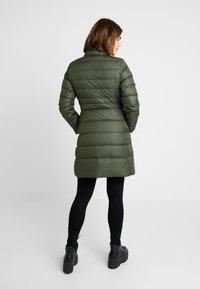Calvin Klein - ESSENTIAL - Dunkåpe / -frakk - green - 4
