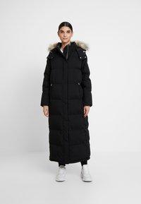 Calvin Klein - MODERN MAXI LONG COAT - Dunkåpe / -frakk - black - 0