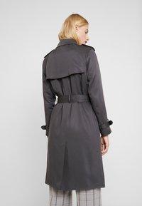 Calvin Klein - TRANSSEASONAL - Trenchcoat - grey - 2