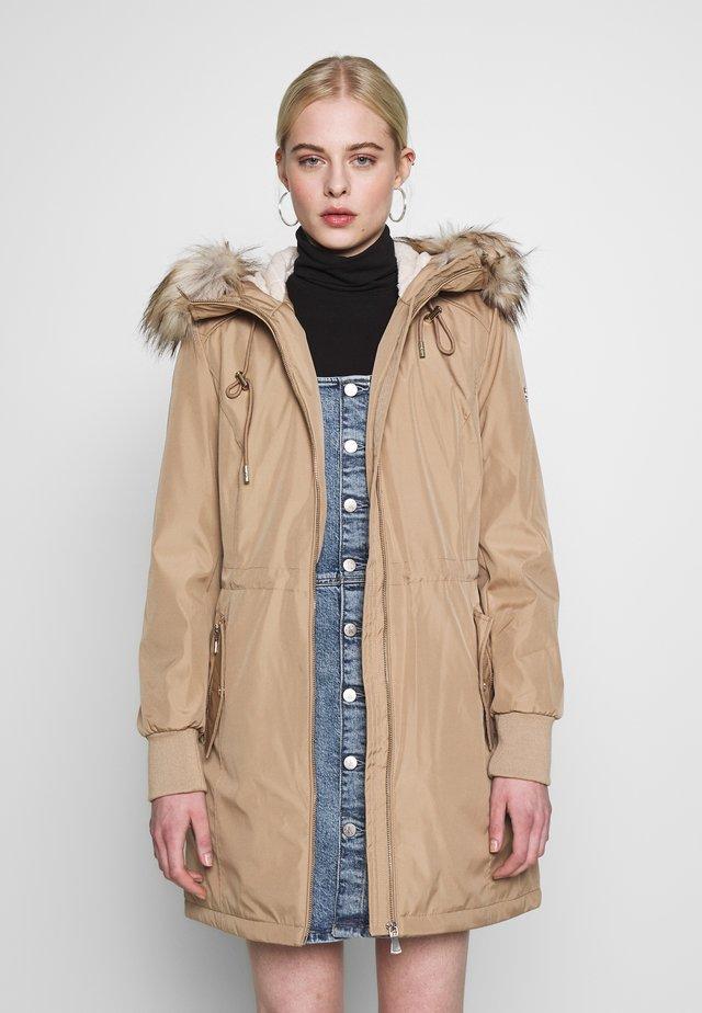 BONDED LIGHTWEIGHT ANORAK - Zimní kabát - khaki