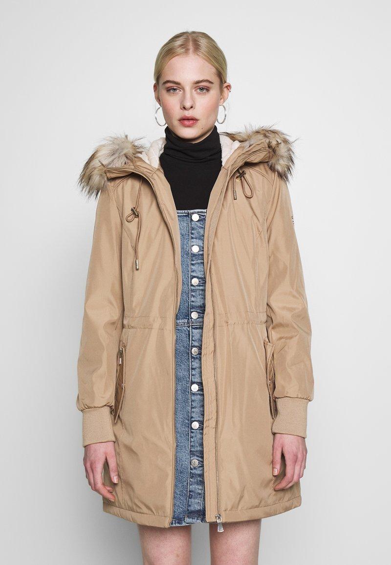 Calvin Klein - BONDED LIGHTWEIGHT ANORAK - Winter coat - khaki
