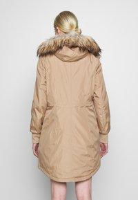 Calvin Klein - BONDED LIGHTWEIGHT ANORAK - Winter coat - khaki - 2