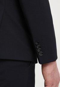 Calvin Klein Tailored - TAD-B/PACE-B - Kostuum - true navy - 11