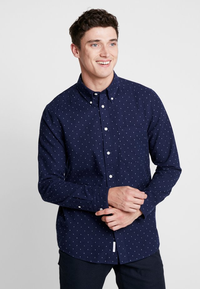 BUTTON DOWN COUPE - Skjorta - blue