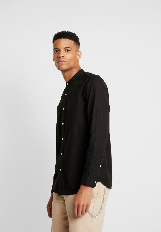STAND COLLAR GARMENT DYE SHIRT - Overhemd - black