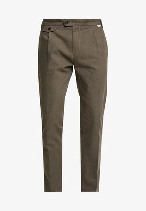 TAPERED FIT HEATHER PANT - Broek - green