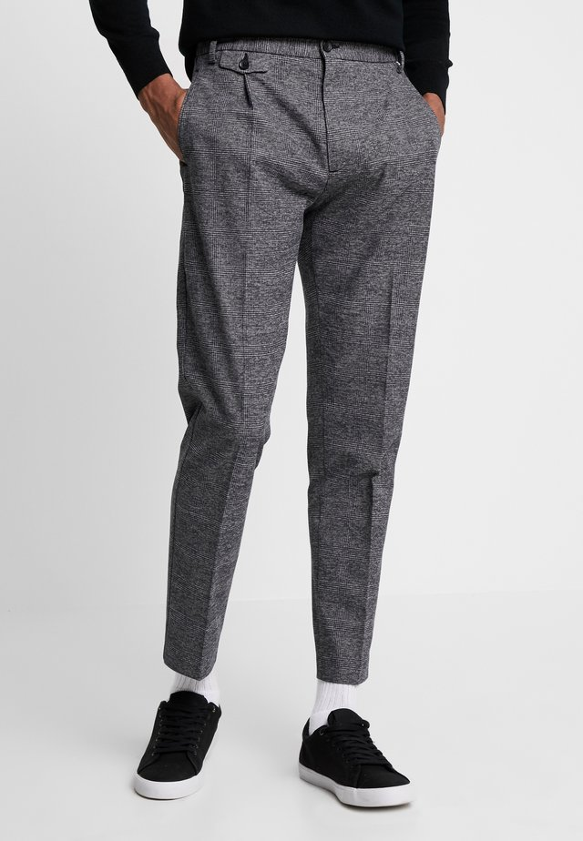 TAPERED FIT CHECK PANT - Kalhoty - black