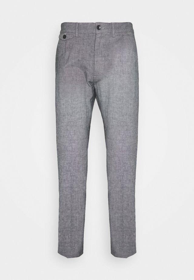 TAPERED PLEAT MICRO PANT - Pantalon classique - blue