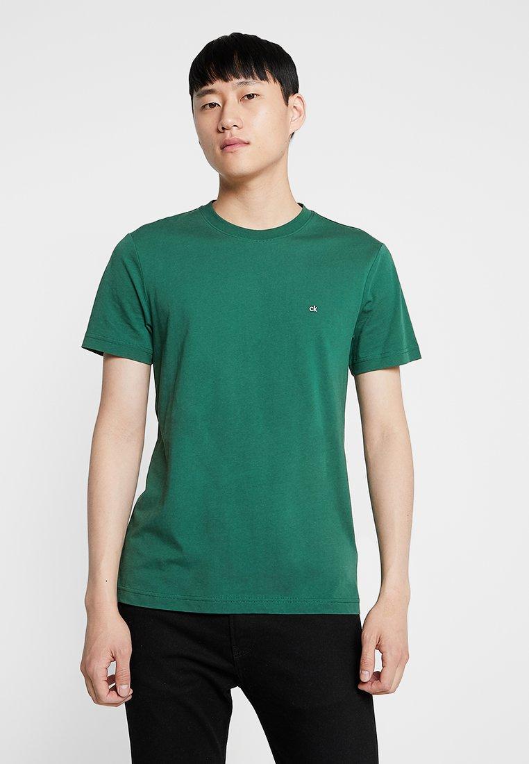 Calvin Klein - LOGO EMBROIDERY - Basic T-shirt - green
