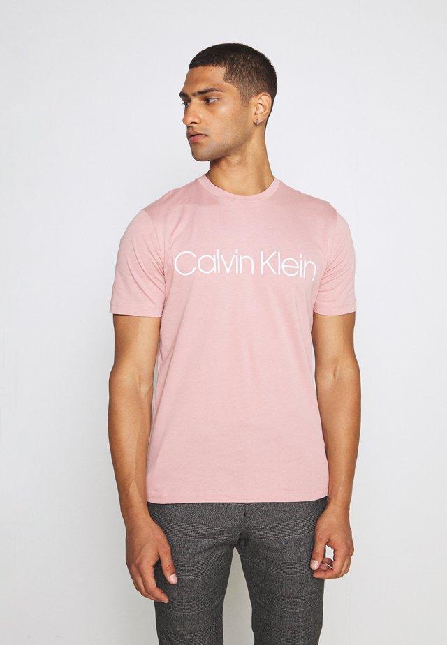 FRONT LOGO - T-shirt z nadrukiem - salmon