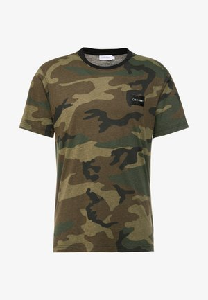 ALLOVER  - T-shirts med print - green
