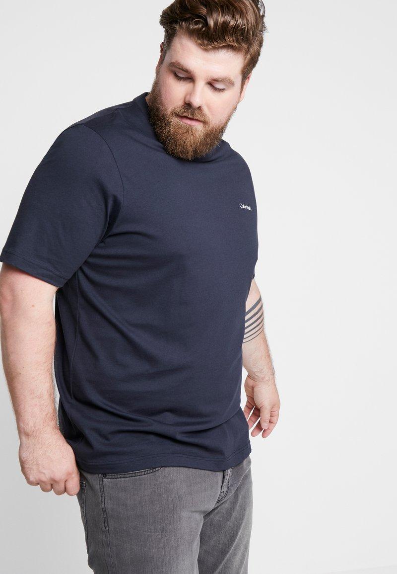 Calvin Klein - CHEST LOGO - Camiseta básica - blue