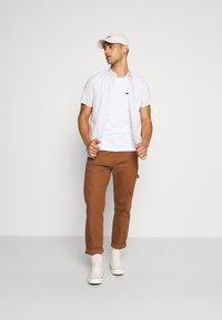 Calvin Klein - CHEST BOX LOGO - Print T-shirt - white - 1