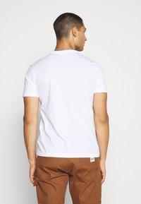 Calvin Klein - CHEST BOX LOGO - Print T-shirt - white - 2