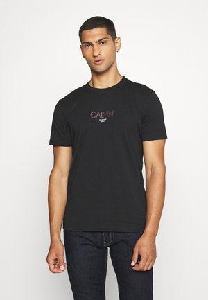 SMALL TONE LOGO - Print T-shirt - black