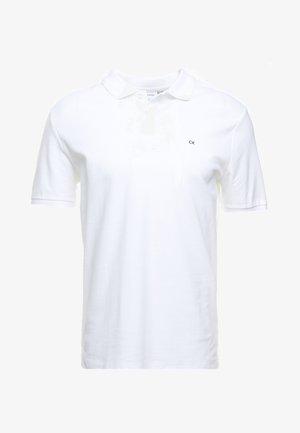 REFINED CHEST LOGO - Pikeepaita - perfect white