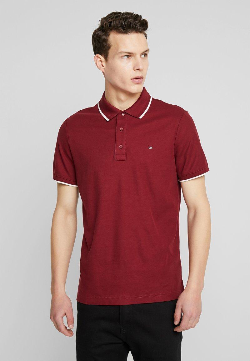 Calvin Klein - REFINED LOGO TIPPING - Polo shirt - red