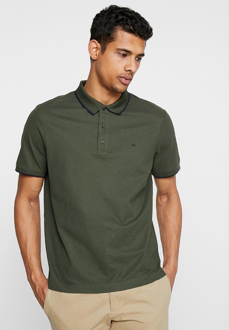 Calvin Klein - REFINED LOGO TIPPING - Polo shirt - green