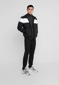 Calvin Klein Tailored - SUPERIOR TURTLE NECK - Svetr - grey - 1