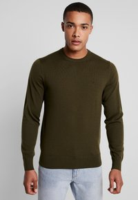 Calvin Klein Tailored - SUPERIOR CREW NECK  - Svetr - green - 0