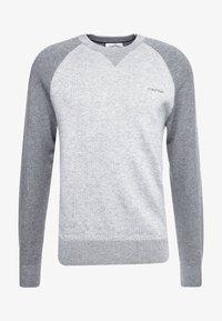 Calvin Klein - TONAL C-NECK - Neule - grey - 3