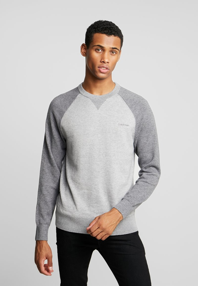 Calvin Klein - TONAL C-NECK - Neule - grey