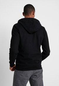 Calvin Klein - EMBROIDERY ZIP-THROUGH HOODIE - Felpa aperta - black - 2