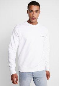 Calvin Klein - LOGO EMBROIDERY - Sweatshirt - white - 0