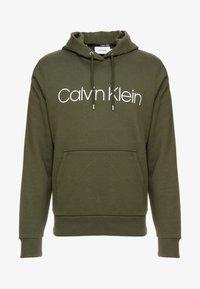 Calvin Klein - LOGO HOODIE - Sweat à capuche - green - 3