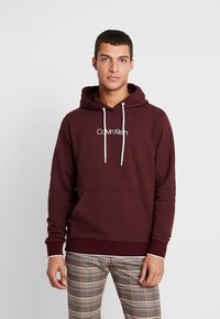 Calvin Klein - FRONT LOGO TIPPING HOODIE - Hoodie - red - 0