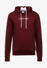 Calvin Klein - FRONT LOGO TIPPING HOODIE - Hoodie - red - 3