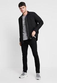 Calvin Klein - Sudadera - mid grey heather - 1