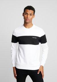 Calvin Klein - LOGO - Sweatshirt - white - 0