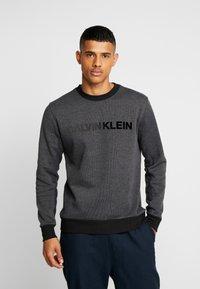 Calvin Klein - TONE ON TONE LOGO  - Mikina - grey - 0