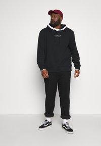 Calvin Klein - SMALL LOGO TIPPING HOODIE - Hoodie - black - 1